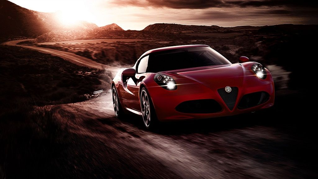 眞貝による『Alfa Romeo 4C』インプレッション!
